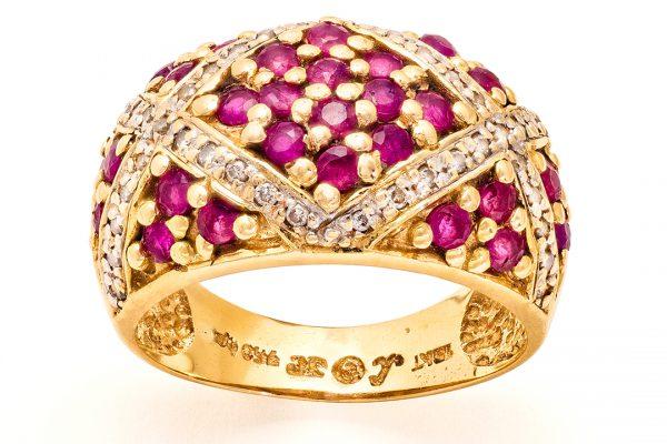 fotografía macro joyería anillo antiguo